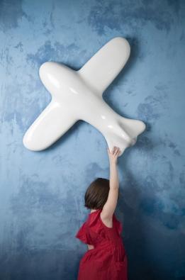 Airplane White. Designér Daniel Piršč v souhrnné výstavě představí klíčové produkty svého mikulovského ateliéru.
