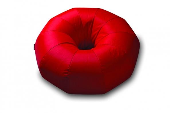 Sedací vak Donuts (Sit on it), 90 x 45cm, 7 barev, povrch 100% polyester spolyuretanovou vrstvou, cena 4333Kč, www.iocp.cz.