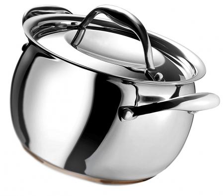 Hrnec (Giannini), vhodný pro indukční vaření,  cena od 3830 Kč (LA VECCHIA BOTTEGA).