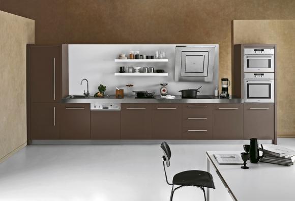 Moderní kuchyň žádá moderní technologie, a indukční způsob vaření  k nim rozhodně patří (WHIRLPOOL).