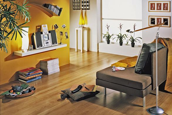 Plovoucí podlaha Eden (Tarkett), laminát, dub Country, selské prkno, lak Proteco, cena 357 Kč/m² (VELVET).