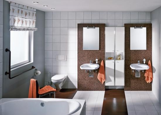 Koupelna pro seniory vyžaduje prostor, pohodlný přístup do vany a toaletu v dostatečné vzdálenosti od zdi (SANITEC).