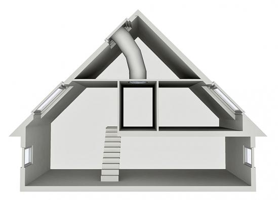 Schéma tubusového světlovodu vedeného ze šikmé střechy. Stejným způsobem lze přivádět světlo doprostřed dispozice domu také zploché střechy, a to i na vzdálenost několika podlaží (VELUX ČR).