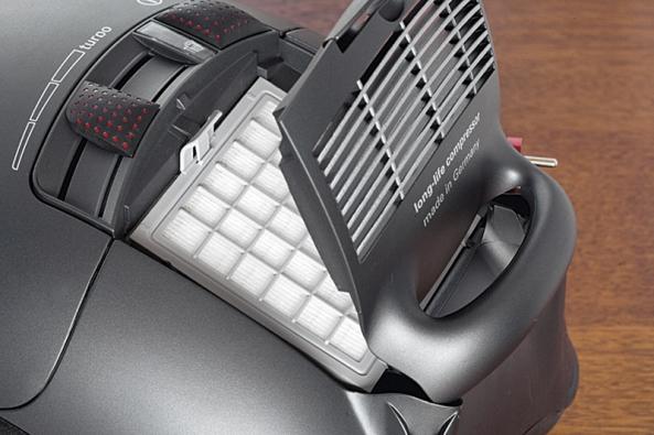 Součástí výbavy je hygienický filtrační systém Air Clean HEPA.