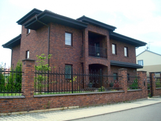 Chtěli byste si vyzkoušet bydlení v moderním krematoriu?