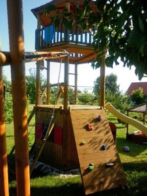 Čtenářka Alice nám poslala fotografie překrásné zahrady.