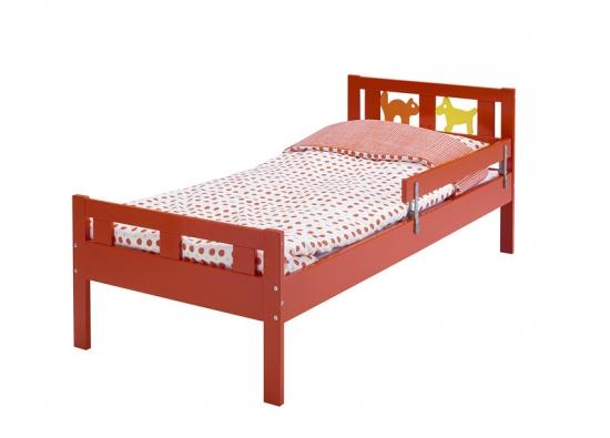 Dětská postel Kritter zlakované masivní borovice sdélkou 165cm ašířkou 75 cm, cena 2190Kč (IKEA).