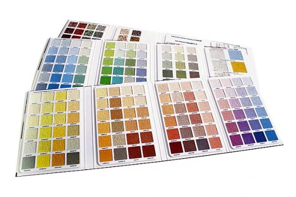 Výběr fasádních barev atónů je skutečně obrovský (Henkel).