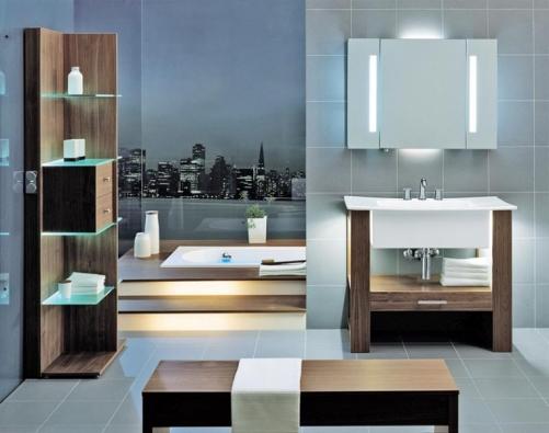 V sestavě City Life v provedení Okuree je použita zrcadlová skříňka (4 svítidla, el. zásuvka, 3 skleněné poličky, boční výkyvné díly) s ovládáním svítidel pohybovým senzorem. Cena (bez DPH) 55 125 Kč.