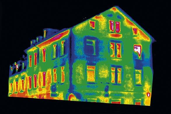 Výpočet tloušťky izolace izpůsob provedení zateplení může výrazně ovlivnit ausnadnit termografický snímek. Nejvyšší úniky tepla představuje barva červená, oranžová ahnědá, nejnižší zase modrá (KNAUF).