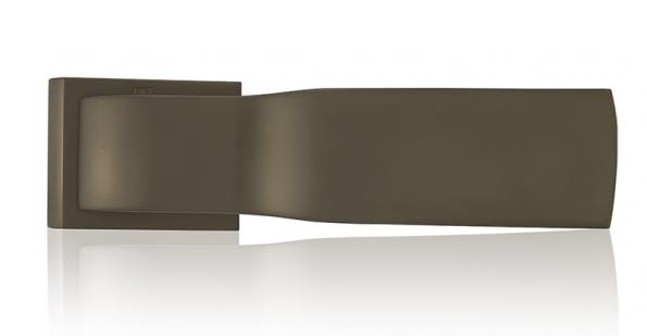Klika Tukan TiN − B (design Roman Ulich, M & T Design), cena 4548Kč (ENTRY SYSTEMS).
