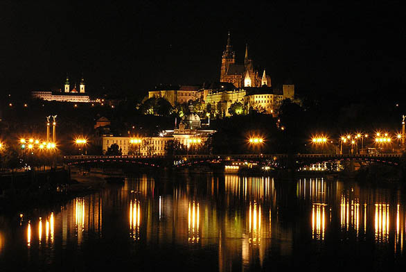 Nová střecha na Pražském hradě (ilustrační fotografie)