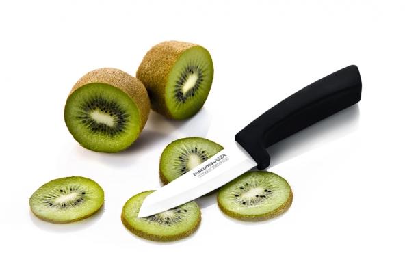 Keramický nůž Azza, délka 10cm, cena499Kč (TESCOMA).