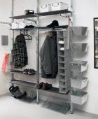 Šatní systém Broder, neupravené masivní dřevo, galvanizovaná ocel, cena podle individuálního výběru zákazníka, doplňky od 79 Kč, IKEA.