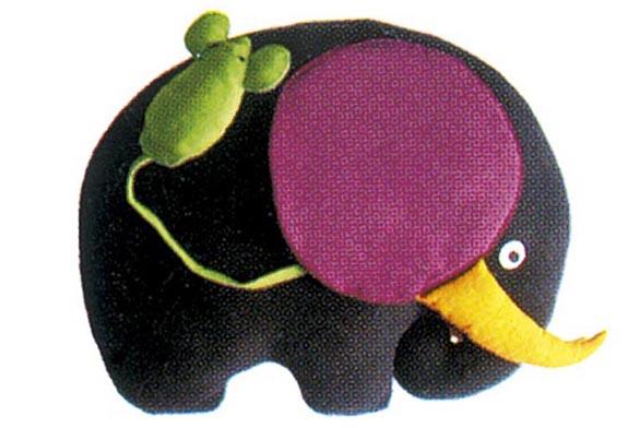 Na náš trh se hračky firmy Aetre dosud nedodávají, ale můžete si je objednat přímo prostřednictvím internetu.