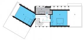 Půdorys patra: 1)galerie 2, 3)ložnice 4)koupelna + WC 5)terasa.