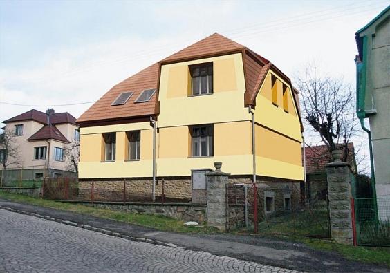 Také druhá varianta návrhu zachovává původní tvář domu a zvýrazňuje plastické členění fasád.