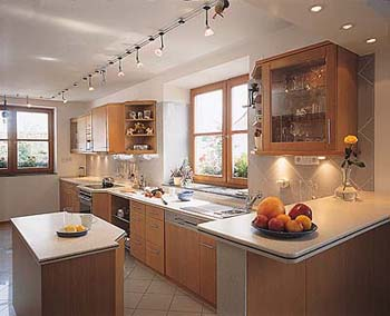 Moderně zařízená kuchyň splňuje všechny současné požadavky na provoz.