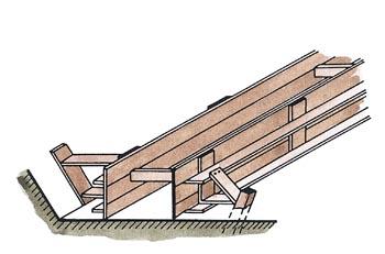 Bednění pro nízký základový pás z dílců.