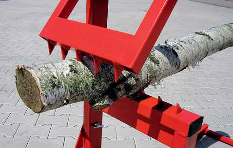 Hroty na výklopné vzpěře a stojině stojanu ELKO musí stát špičkami proti sobě. Vzpěra je přestavitelná do pěti poloh podle průměru upevňovaného kusu.