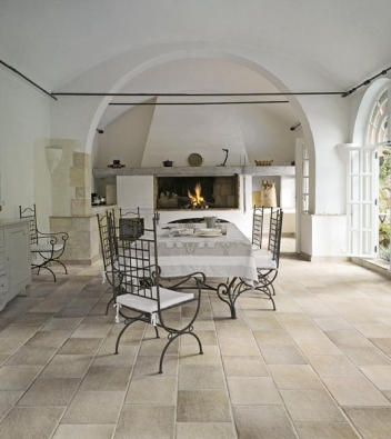 Série Colline Italiane (LEA CERAMICHE), odstín grigio, rozměry 15 x 15 a 30 cm, 30 x 30 cm, 45 x 45 cm a 7,5 x 30 cm + mozaiky různých formátů, cena (bez DPH) od 1 410 Kč/m², CERAMICA PLUS.