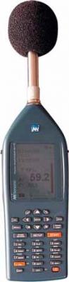 Přesný integrační zvukový analyzátor tradičního výrobce zvukoměrné techniky fi rmy Norsonic.