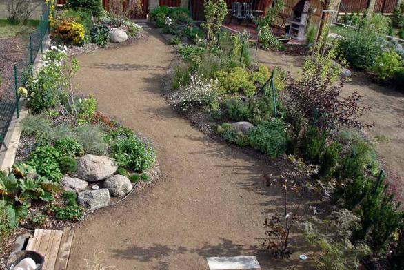 Malá zahrada za domem
