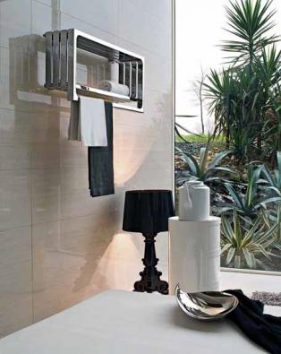 Radiátor Montecarlo (TUBES) se vyrábí v několika verzích a velikostech, cena od 96 800 Kč, AQUA TRADE.