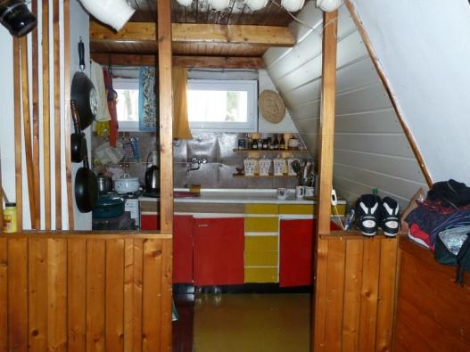 Rekonstrukce chaty - původní kuchyně.