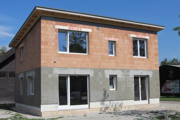 Pasivní dům z jednovrstvého cihelného zdiva HELUZ v Českých Budějovicích