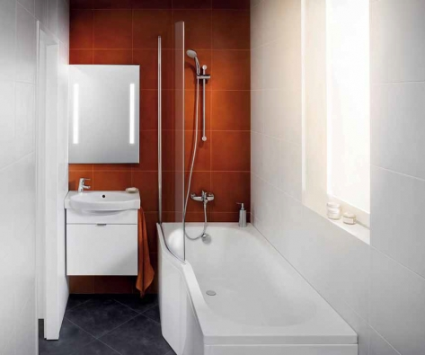 Asymetrická akrylátová vana Tigo umožňuje díky anatomickému tvaru pohodlné koupání i v miniaturní koupelně. Rozměry 160 × 80/70 cm, cena od 6 405 Kč, dodává Jika.