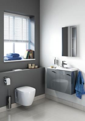 Uživatelsky zaměřený návrh kolekce je založen na hlubokém porozumění koupelnové ergonomie.
