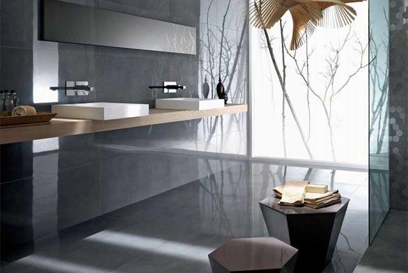 Koupelna s glazovaným porcelánovým obkladem a dlažbou ze série Luxury (LEONARDO CERAMICA), vzor 49 DG, formáty 45 x 10,5 cm, 45 x 90 cm, 90 x 10,5 cm, dekor MK Luxury, formát 22,5 x 45 cm, cena od 842 Kč/m², OBKLADY VERDEK.
