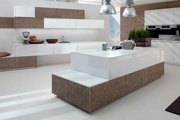 Na pohledové plochy a pracovní desky je u kuchyňské sestavy Vertina (ALNO) použité sklo v lesklém bílém provedení, orientační cena 15 000 Kč/bm, ALISEO.