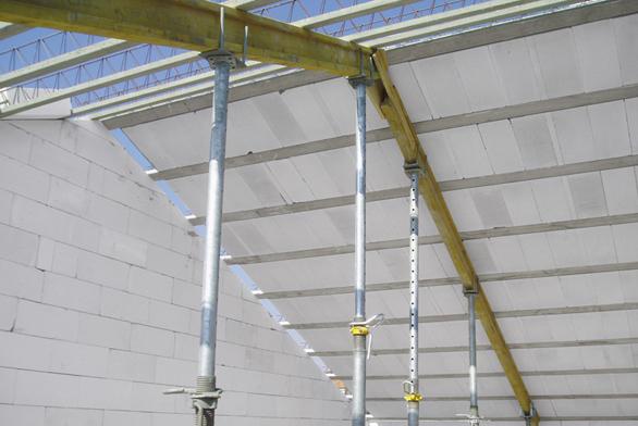 Konstrukční systém pro stropy a střechy