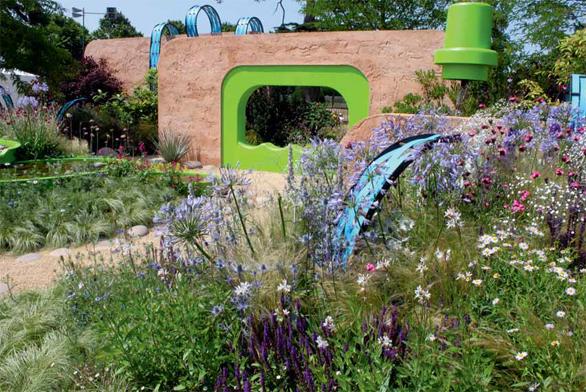 Nejhezčí zahradou na výstavě byla vyhlášena zahrada The Ecover Garden, která v sobě spojuje ekologickou myšlenku a jemnou luční výsadbu.
