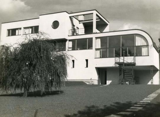 Funkcionalistická vila v Jablonci nad Nisou