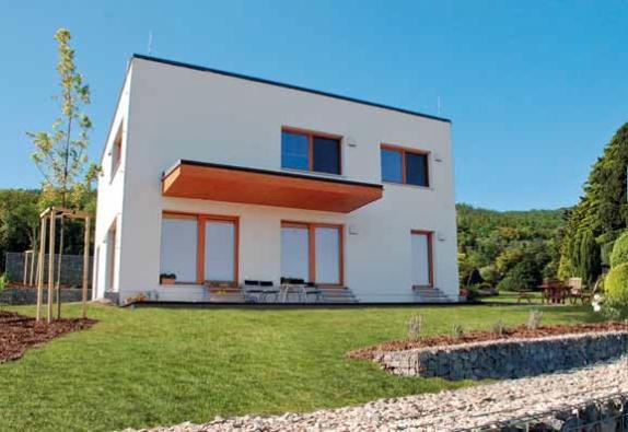 Dřevostavba Variant Profi (ATRIUM) dokazuje, že pasivní dům nemusí působit stroze a asketicky.