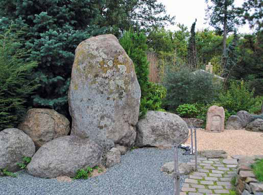 Žulové kameny zvané Velký Buddha s družinou.