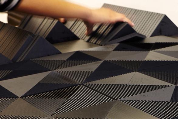 Soutěž designérské kreativity ve využití tmavých barev
