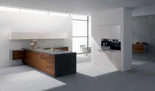 K nejmodernějšímu pojetí kuchyně patří sestava skládající se z kompaktního úložného prostoru na celou výšku místnosti.