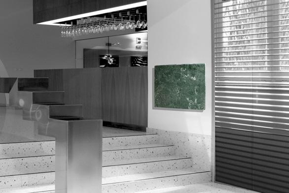 Topný panel MR ze zeleného mramoru veria green interiéru rozhodně sluší (FENIX).