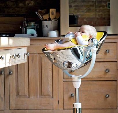 Jídelní židle Fresco Chrome (BLOOM), výška sedáku 78–91 cm, pro děti od narození do školního věku, nosnost 0–36 kg, otočná o 360 °, pneumatické nastavení výšky, kombinace vysoce odolného plastu a nerezové oceli, cena 11 927 Kč + startovací sada se sedací podložkou 2 765 Kč, DĚTSKÝ DŮM.