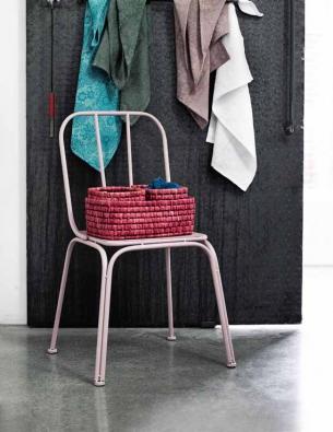 Kovová židle Rose (NORDAL) vhodná ina venkovní použití, v. 85 cm, cena 1 939 Kč, KOUZLO DOPLŇKŮ.