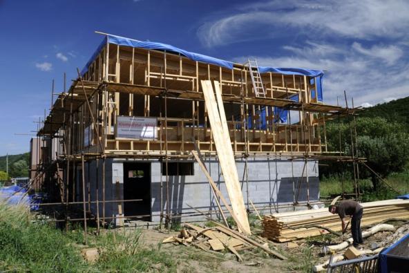 Pohled na konstrukci dřevostavby.