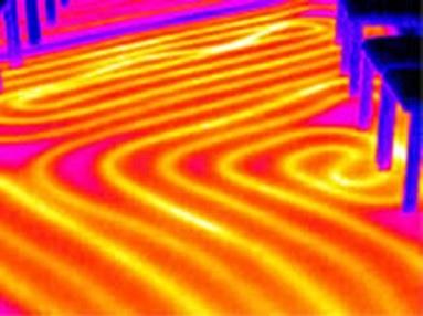 Podlahové vytápění se stává fenoménem moderního bydlení, a to nejen díky ideální tepelné pohodě, ale i díky úspoře energie při vytápění.