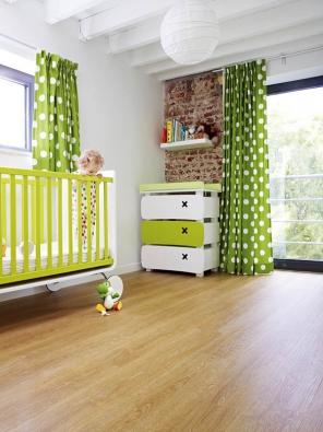 Vinylová podlaha Moduleo Select, dekor Verdon Oak, pro celoplošné lepení nebo dodávaná jako plovoucí, cena 499 Kč/m², www.breno.cz.