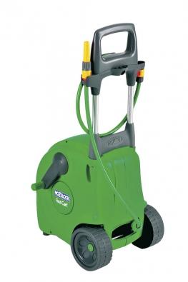 Vozík Fast Cart Hozelock pro uložení hadice s vysoko umístenou navíjecí klikou a tažnou rukojetí pro snadnou manipulaci po jakékoliv zahrade zcela jiste zpríjemní zalévání zahrady (MOUNTFIELD).