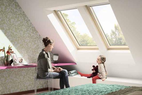 S Novou generací střešních oken VELUX získáte více světla, více pohodlí a menší spotřebu energie.