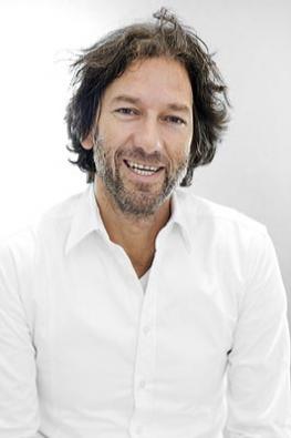 Andreas Dimitriadis, autor návrhu nové série SaphirKeramik